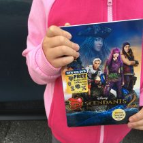 Disney-Descendants-2