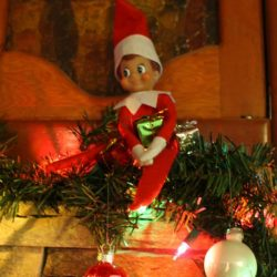 Elf On The Shelf Garland