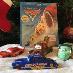 Disney Pixar Cars 3 Zooms into home theatres in time for Christmas + #Giveaway!
