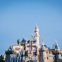 5 Tips for A Stress Free Family Trip to Disneyland