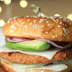 Summer Vibes: Weeknight California Chicken Burgers with oven baked fries