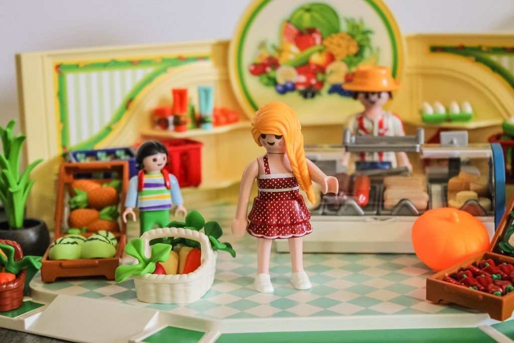 Playmobil City Life Grocery Store